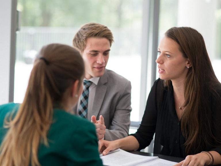 LAWtrain – Juristische Expertise aus Passau für Anwältinnen und Anwälte europaweit
