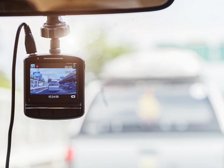 """Projekt """"Privacy BlackBox"""": Datenschutzkonformer Kameraeinsatz im Auto"""